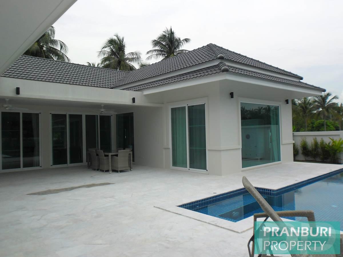 White_Beach_Villas_Dolphin_Bay026